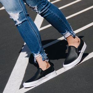 Vans Classic Slip on Black Perf Leather sneakers